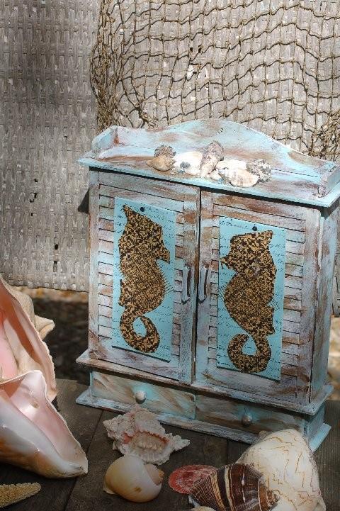 Seahorse cabinet