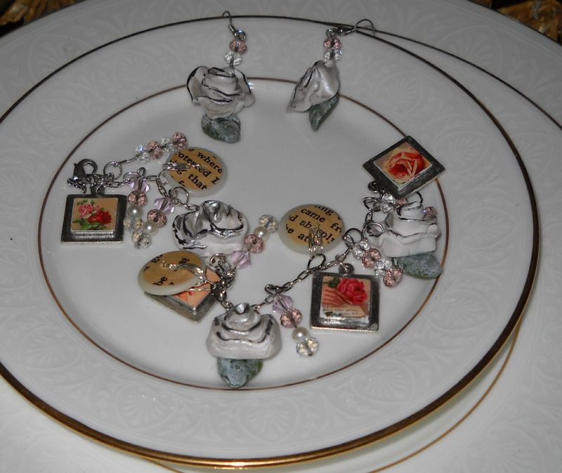Shabby Chic Roses Jewelry Set