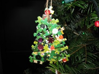 Puzzle tree ornament