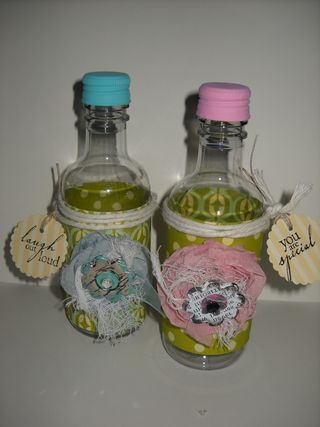 Ribbon flower bottle favors