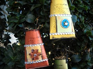 Recycled tube favors 1