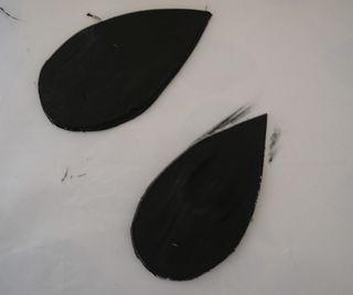 Paint wings black