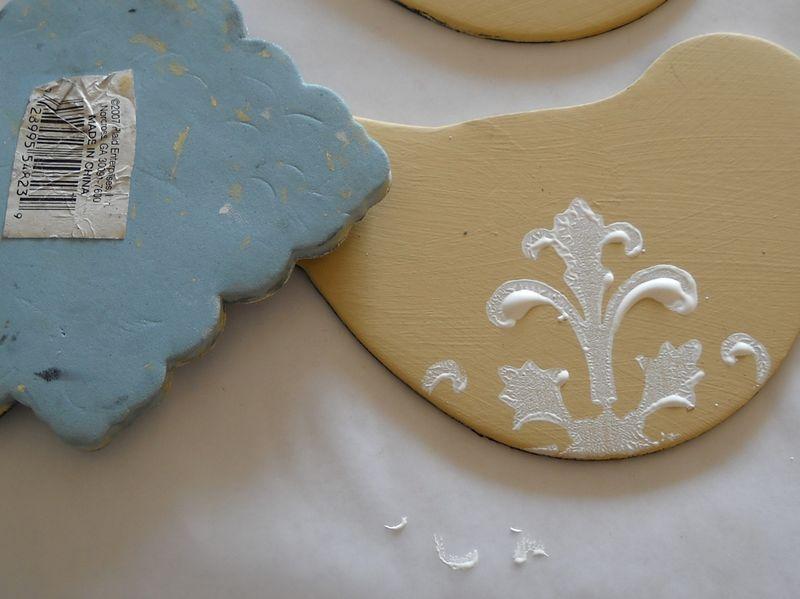 Foam stamp bird white 1
