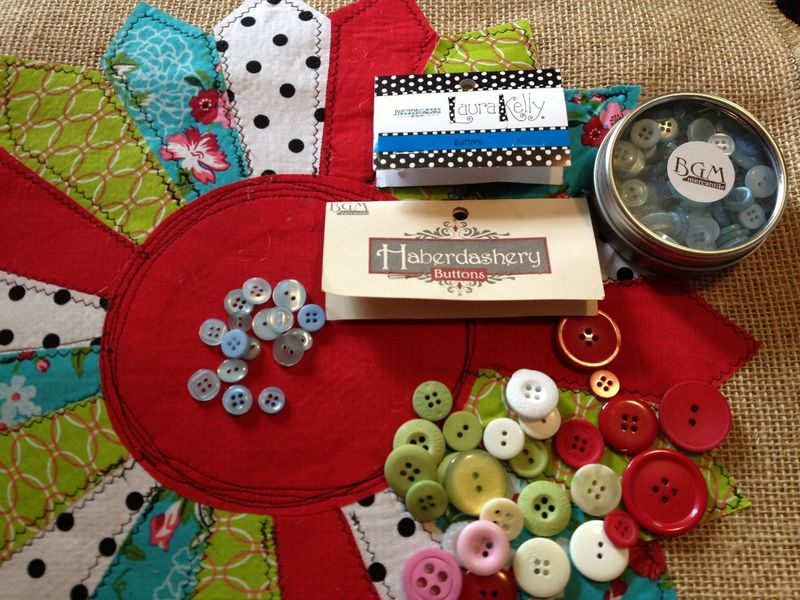 Sew on buttons (1024x768)
